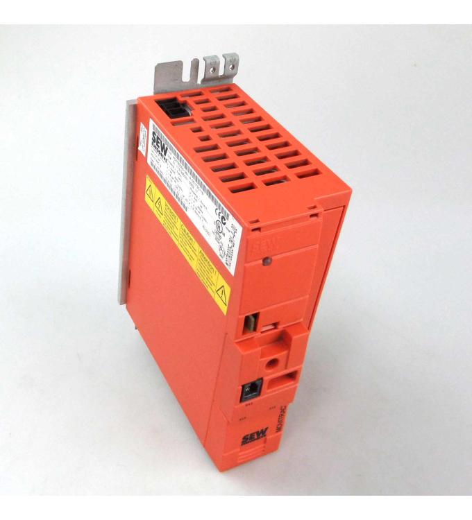 SEW EURODRIVE Frequenzumrichter Movitrac MC07B0005-2B1-4-00/FSC11B GEB